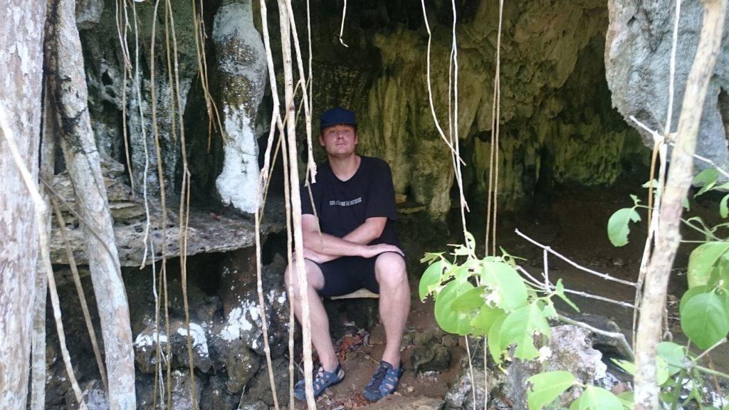 lamanoc island cave vagrant one