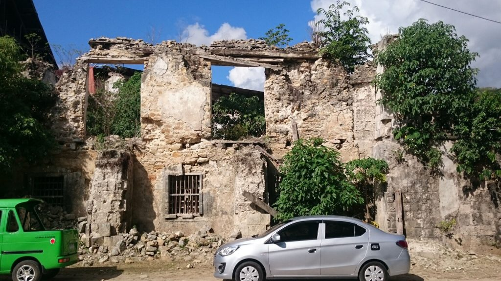 lobo-church-ruins
